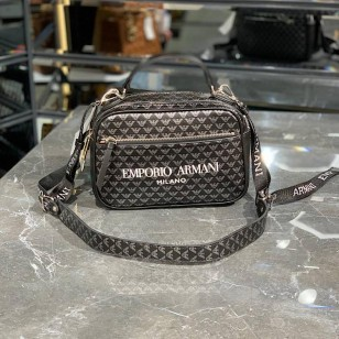 Чанта EMPORIO ARMANI  реплика
