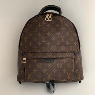 Раница Louis Vuitton  реплика