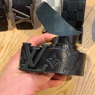Елегантен колан Louis Vuitton  реплика